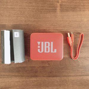 JBL GO2の内容物
